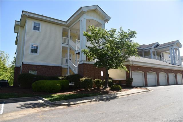 8921 Meadow Vista Road #201, Charlotte, NC 28213 (#3383966) :: The Ramsey Group