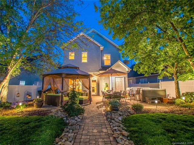 7516 Morlet Square, Huntersville, NC 28078 (#3383976) :: LePage Johnson Realty Group, LLC