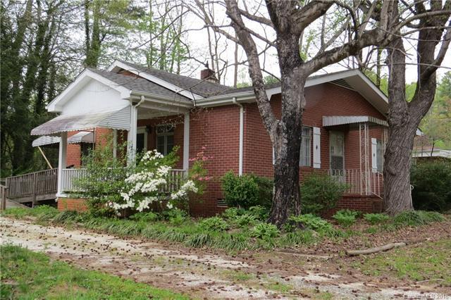 109 Oakdale Drive, Hendersonville, NC 28791 (#3383991) :: Exit Realty Vistas