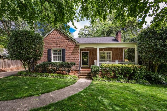 2813 Hillsdale Avenue, Charlotte, NC 28209 (#3384061) :: The Andy Bovender Team