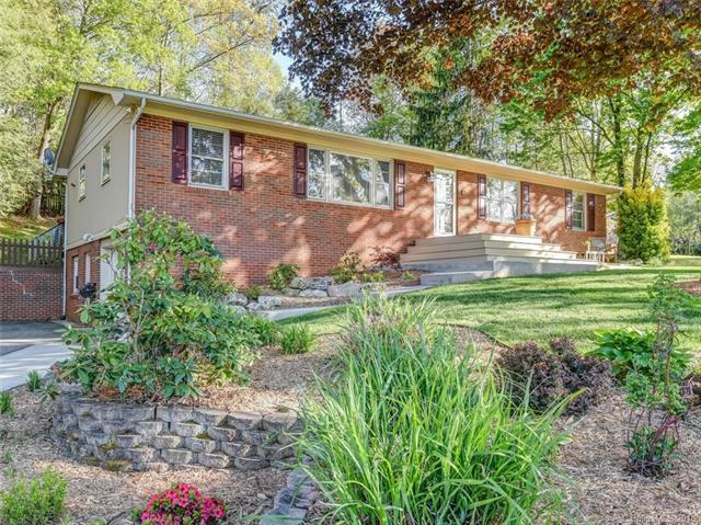 16 Fieldcrest Circle, Asheville, NC 28806 (#3384082) :: Robert Greene Real Estate, Inc.