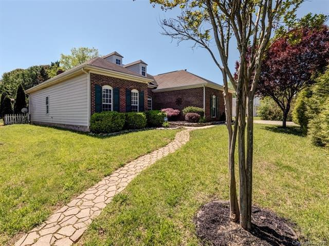 5200 Fennell Street, Indian Trail, NC 28079 (#3384111) :: LePage Johnson Realty Group, LLC