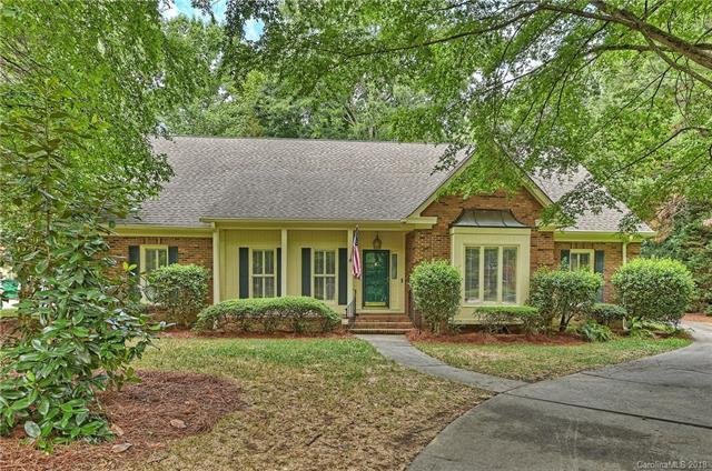 10320 Avondale Avenue, Charlotte, NC 28210 (#3384144) :: Stephen Cooley Real Estate Group