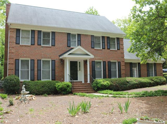 9412 Willowglen Trail, Charlotte, NC 28215 (#3384146) :: Robert Greene Real Estate, Inc.