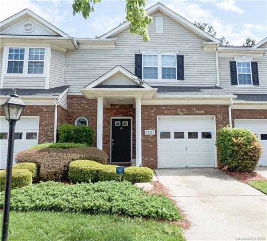 5327 Waverly Lynn Lane, Charlotte, NC 28269 (#3384293) :: High Performance Real Estate Advisors