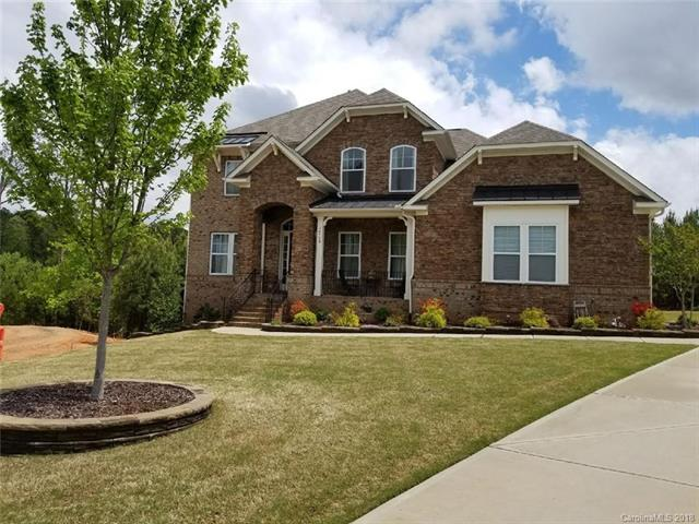 16524 Governors Club Court, Charlotte, NC 28278 (#3384321) :: The Andy Bovender Team