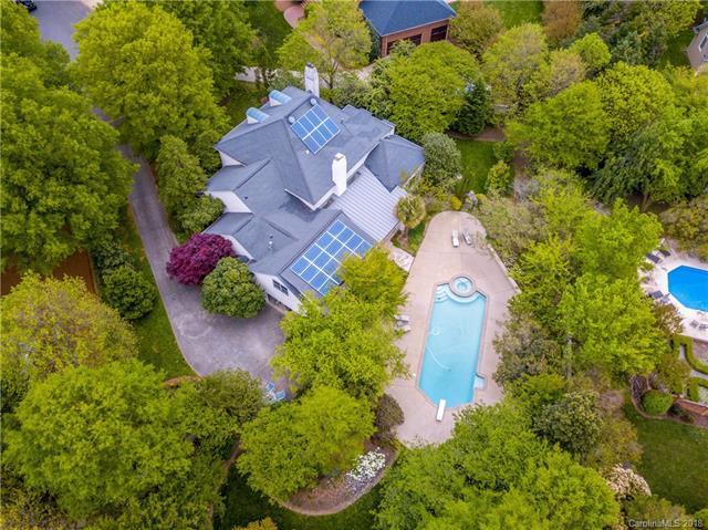 6815 Honors Court, Charlotte, NC 28210 (#3384335) :: Scarlett Real Estate
