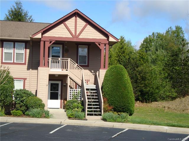 1406 Deermouse Way, Hendersonville, NC 28792 (#3384393) :: Exit Realty Vistas