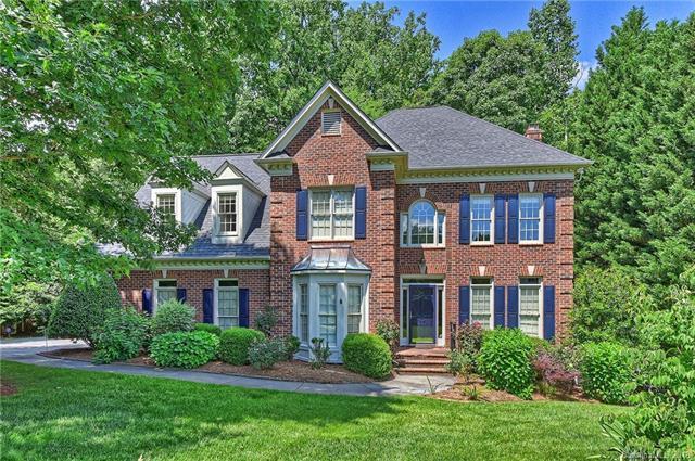 3701 Radbourne Boulevard, Charlotte, NC 28269 (#3384596) :: LePage Johnson Realty Group, LLC