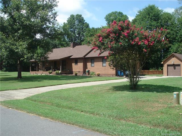 8206 Blackjack Oak Court, Harrisburg, NC 28075 (#3384722) :: Leigh Brown and Associates with RE/MAX Executive Realty