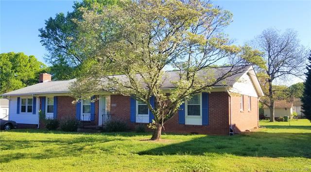 1832 Hyatt Avenue, Rock Hill, SC 29732 (#3384750) :: Scarlett Real Estate