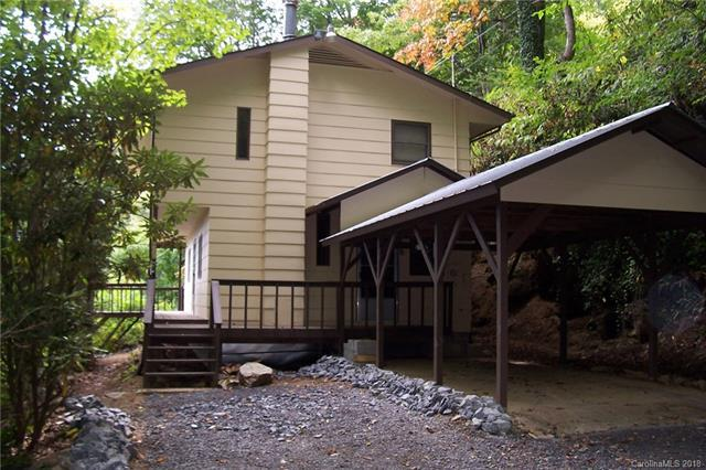 484 Buck Mountain Road, Maggie Valley, NC 28751 (#3384825) :: LePage Johnson Realty Group, LLC