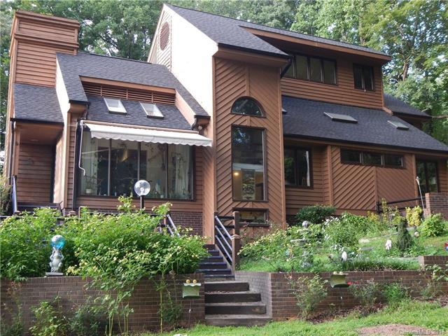 7733 Park Road, Charlotte, NC 28210 (#3385142) :: LePage Johnson Realty Group, LLC