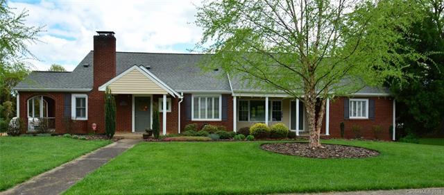 431 Ridgeway Avenue, Statesville, NC 28677 (#3385366) :: LePage Johnson Realty Group, LLC
