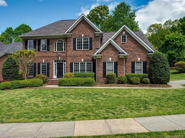 10025 Warwickshire Lane, Charlotte, NC 28270 (#3385394) :: LePage Johnson Realty Group, LLC