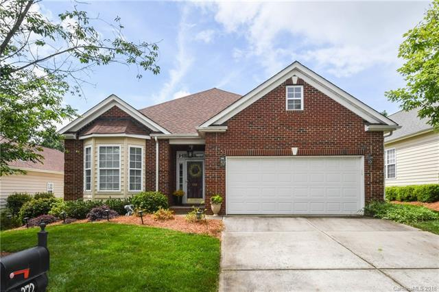 372 Garnet Court, Fort Mill, SC 29708 (#3385529) :: Leigh Brown and Associates with RE/MAX Executive Realty