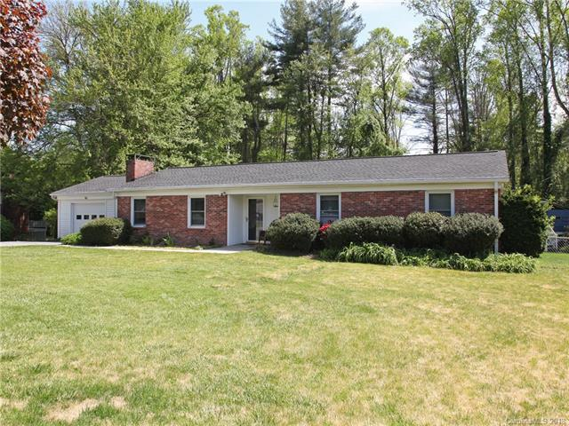116 Brentwood Drive #11, Hendersonville, NC 28739 (#3385870) :: LePage Johnson Realty Group, LLC