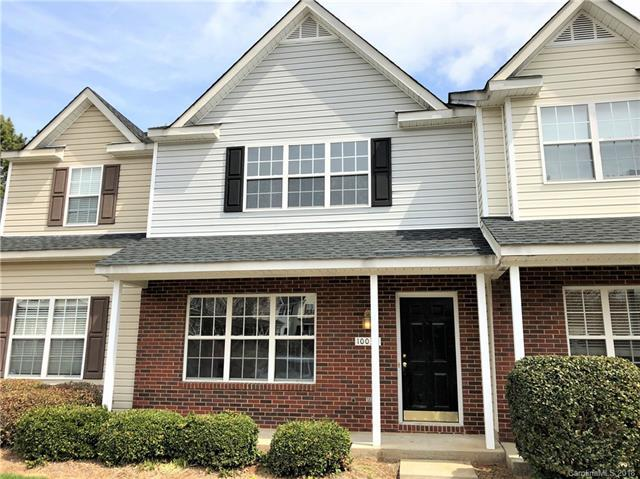 10036 Pergola View Court, Charlotte, NC 28213 (#3385886) :: Miller Realty Group