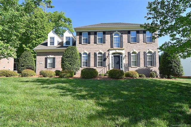 5512 Strabane Drive, Matthews, NC 28104 (#3386045) :: Leigh Brown and Associates with RE/MAX Executive Realty