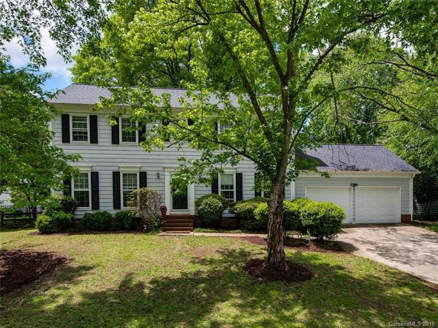 9209 Deer Spring Lane, Charlotte, NC 28210 (#3386125) :: RE/MAX Metrolina