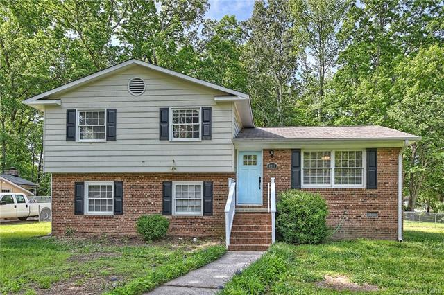 4200 Dunwoody Drive #12, Charlotte, NC 28215 (#3386135) :: Leigh Brown and Associates with RE/MAX Executive Realty