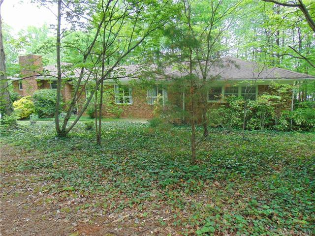 8814 Dogwood Drive, Charlotte, NC 28215 (#3386164) :: LePage Johnson Realty Group, LLC