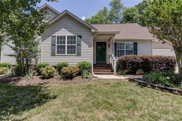 8733 Oldenburg Drive, Mount Pleasant, NC 28124 (#3386197) :: Roby Realty