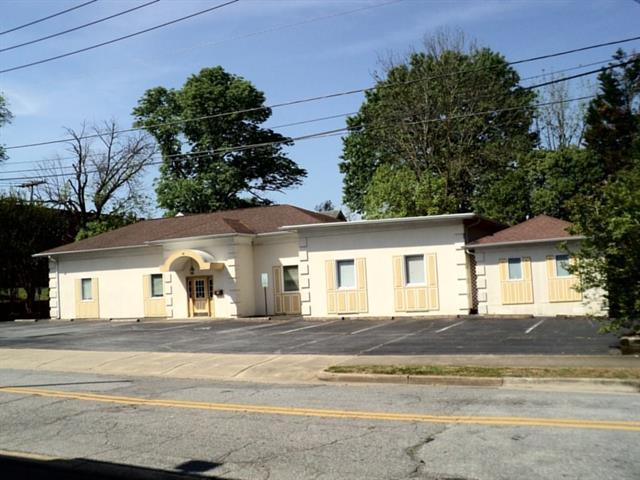 101 Willow Street NW, Lenoir, NC 28645 (#3386223) :: High Performance Real Estate Advisors