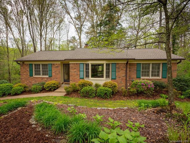 223 Park Lane, Hendersonville, NC 28791 (#3386627) :: Robert Greene Real Estate, Inc.