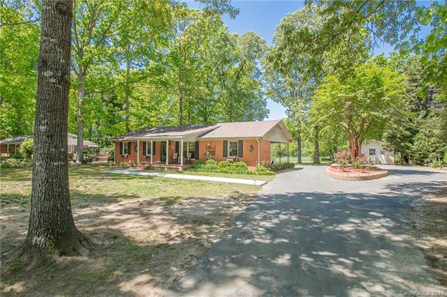 1106 White Oaks Circle, Monroe, NC 28112 (#3386689) :: LePage Johnson Realty Group, LLC