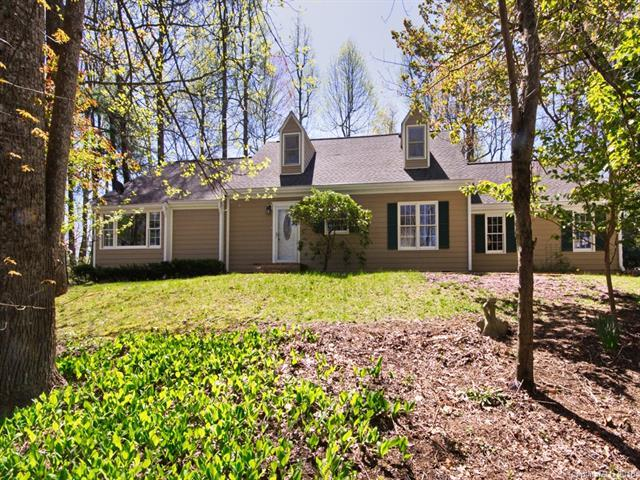 202 Beechwood Circle, Laurel Park, NC 28739 (#3386854) :: Odell Realty Group