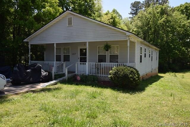 5807 3rd Street, Charlotte, NC 28208 (#3386894) :: LePage Johnson Realty Group, LLC