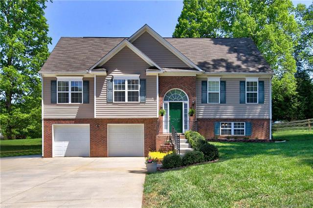 144 Rocky Point Court, Mooresville, NC 28115 (#3386944) :: Robert Greene Real Estate, Inc.