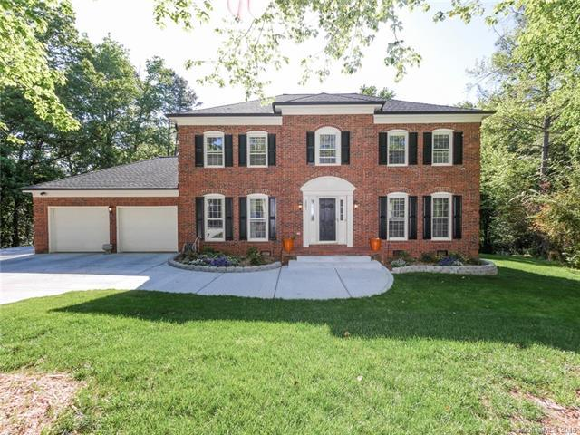 3001 Kenninghall Court, Charlotte, NC 28269 (#3386969) :: The Ramsey Group