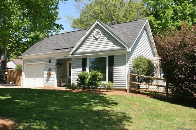 13801 Eden Court, Pineville, NC 28134 (#3387062) :: LePage Johnson Realty Group, LLC
