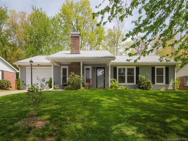 15 Knoll Ridge Drive, Asheville, NC 28804 (#3387415) :: Puffer Properties