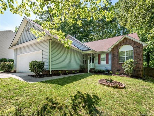 4441 Hounds Run Drive, Matthews, NC 28105 (#3387590) :: Robert Greene Real Estate, Inc.