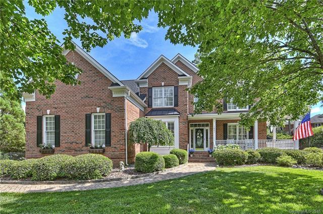 1041 Elizabeth Manor Court, Matthews, NC 28105 (#3387679) :: Stephen Cooley Real Estate Group