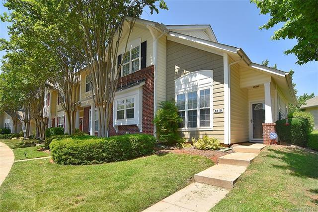 8410 Chaceview Court, Charlotte, NC 28269 (#3387999) :: The Ramsey Group