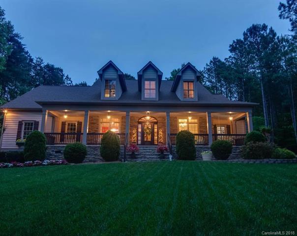 131 Grove Creek Lane, Mooresville, NC 28117 (#3388368) :: Miller Realty Group