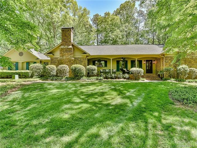 7425 Valleybrook Road, Charlotte, NC 28270 (#3388441) :: Exit Mountain Realty