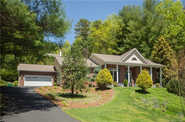 33 W Fairway Drive, Etowah, NC 28729 (#3388633) :: RE/MAX Four Seasons Realty