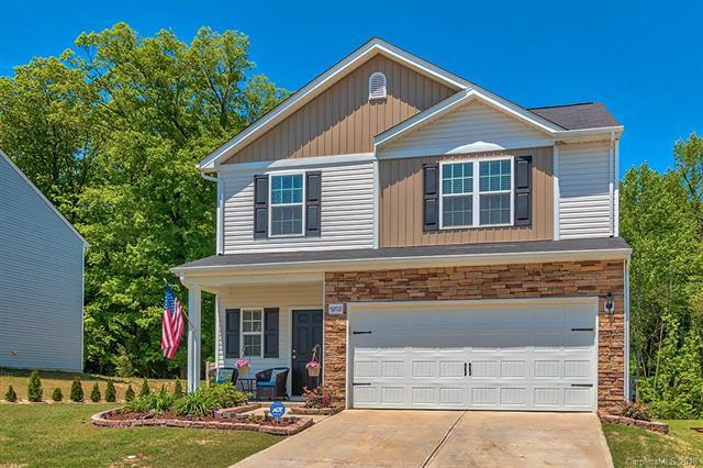 9202 Avery Meadows Drive, Charlotte, NC 28216 (#3388637) :: The Ramsey Group