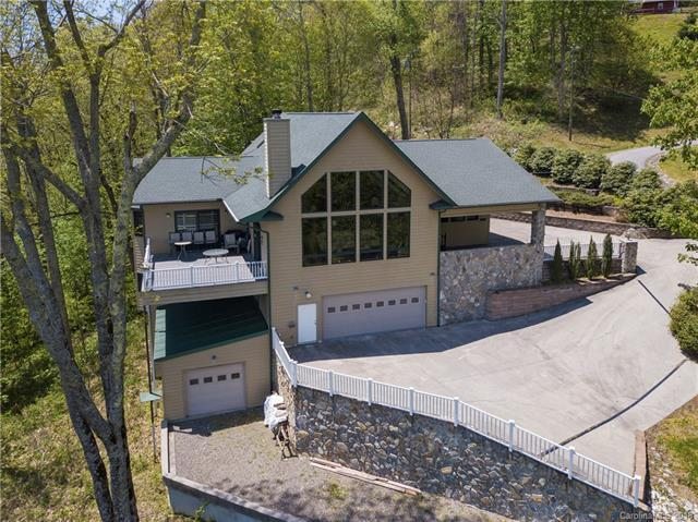 171 Dulcimer Lane, Waynesville, NC 28786 (#3388693) :: The Temple Team