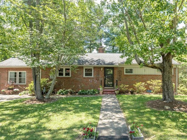 221 School Road, Asheville, NC 28806 (#3388714) :: Puffer Properties