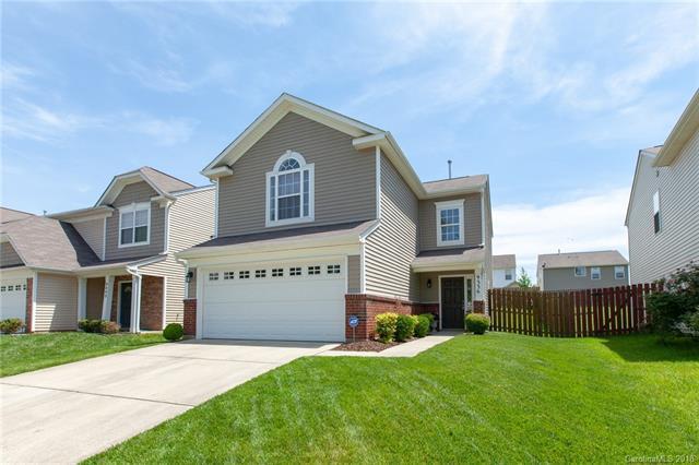 9336 Macquarie Lane, Charlotte, NC 28227 (#3388885) :: LePage Johnson Realty Group, LLC