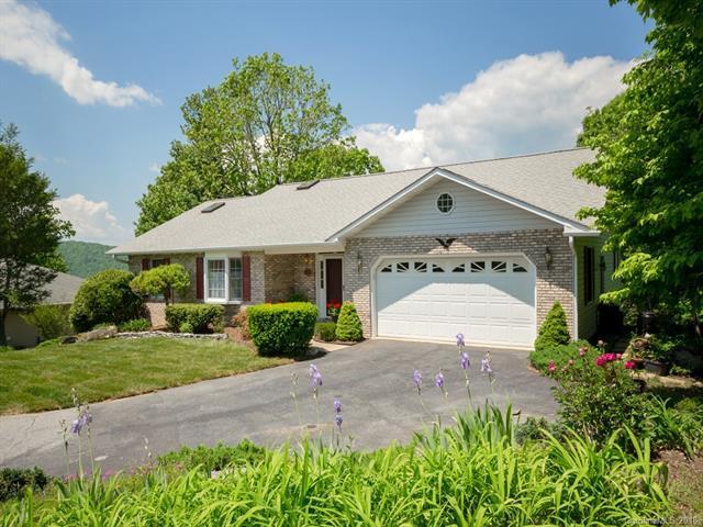 112 Eagle Rock Trail, Hendersonville, NC 28739 (#3389436) :: Robert Greene Real Estate, Inc.