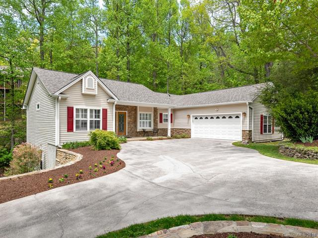 115 Sugar Maple Heights, Hendersonville, NC 28739 (#3389484) :: LePage Johnson Realty Group, LLC