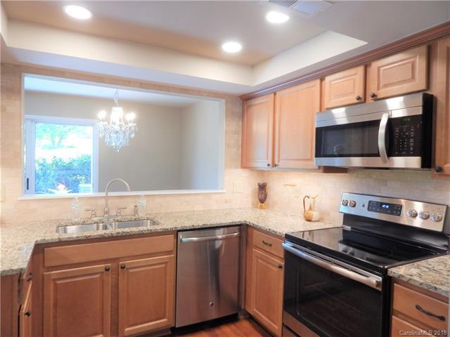9307 S Vicksburg Park Court, Charlotte, NC 28210 (#3390068) :: High Performance Real Estate Advisors