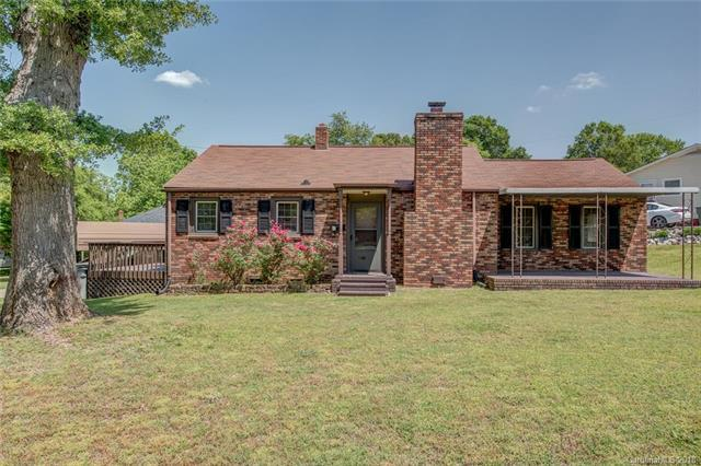 1401 Poston Circle, Gastonia, NC 28054 (#3390082) :: Miller Realty Group